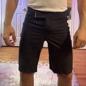 Men's lululemon yoga shorts